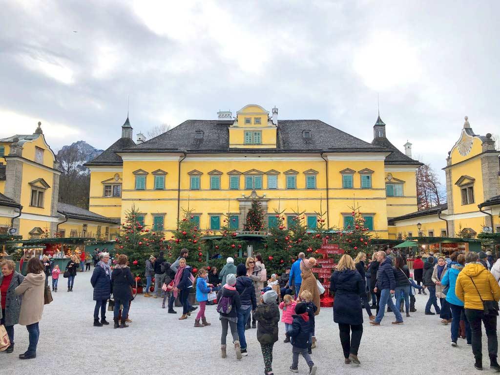 Betriebsausflug zu Palfinger und Adventmarkt im Schloss Hellbrunn
