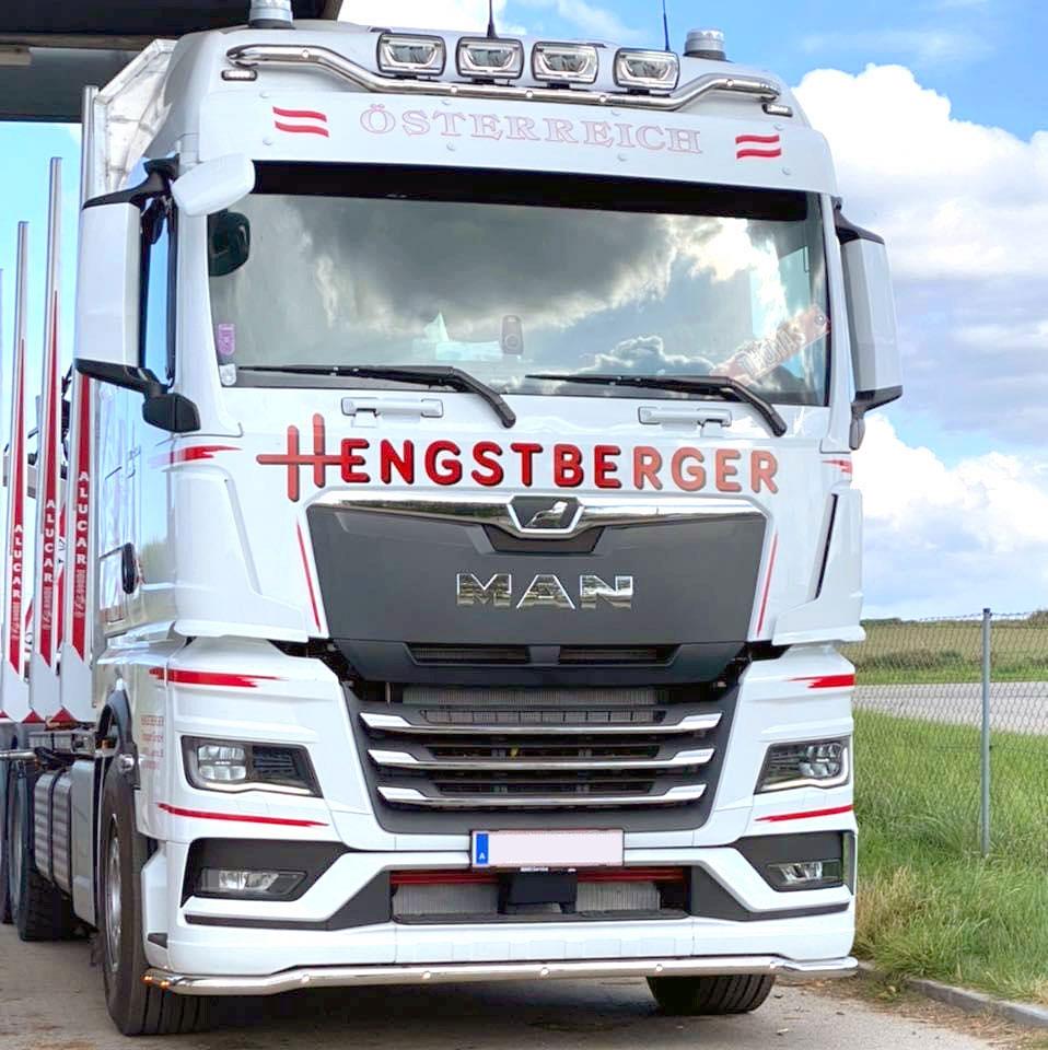 LKW im neuen Hengstberger Design 2021